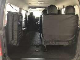 人もたくさん載せながら荷物もたっぷり載せられるラゲッジスペースです!