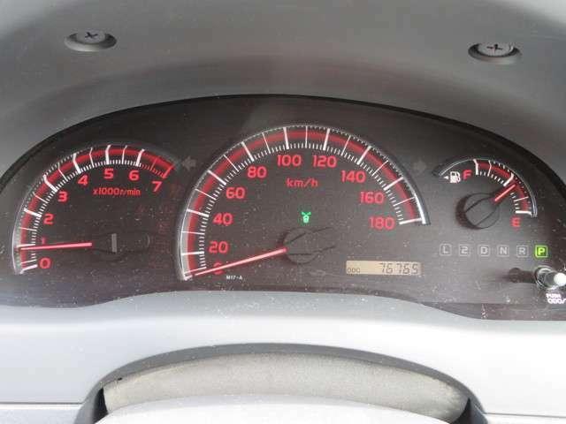 走行7万km台です。まだまだ走れ、免許取り立ての方の初めてのお車にも最適です★