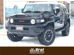 トヨタ FJクルーザー 4.0 ブラックカラーパッケージ 4WD Bratカスタム2インチリフトUP 寒冷地仕様