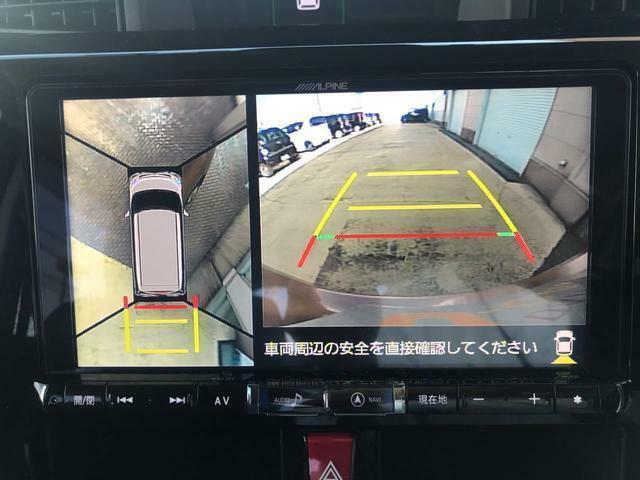 パノラマモニターで駐車も楽ちん!