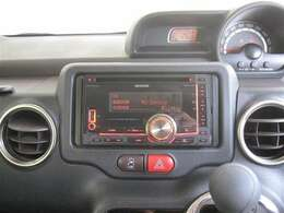CDチューナー(CD&AM/FMラジオ)装備です。