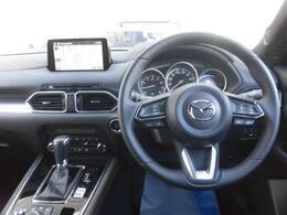 お車をお渡しの際には新車保証の継承を実施した後にお渡しをさせていただきます。(詳細はスタッフまでお問い合わせください)