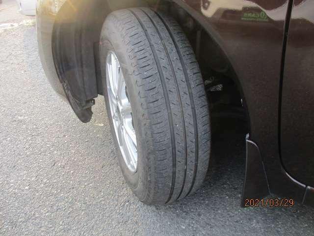 タイヤ溝まだまだあります☆