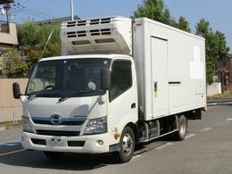 日野自動車 デュトロハイブリッド 冷蔵冷凍車