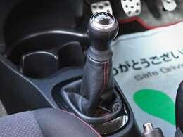 クラッチのすべり感もなくマニュアル車でよくダメになるシフトのリンケージのガタもありません!