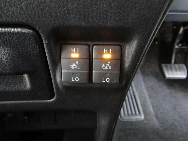 寒い季節には暖かシートヒーターを装備!エアコンとは異なる快適感です!