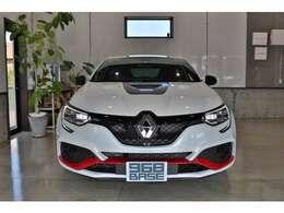 20モデル、右H、6速MT、走行たったの700km!新車保証&車検、令和5年3月までの安心の1オーナー車!!