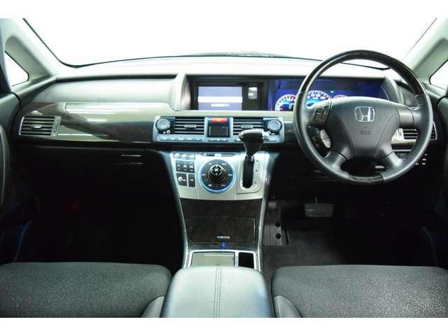 視点が高いので視界も広々運転も楽々♪大きな車がご不安な方でも安心です!