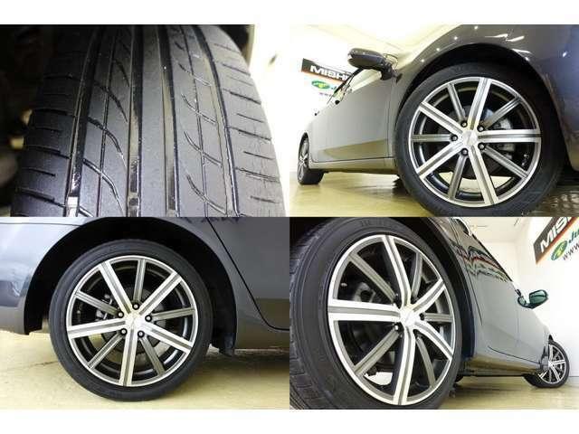 スタイリッシュな18アルミ装備 タイヤの山は有りますが ひび割れ劣化が有ります、 契約時 ガラスコーティング施工と延長保証加入で 4本新品タイヤ交換サービスします
