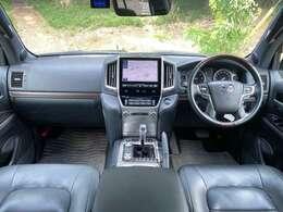 ワンオーナー・地デジ・全方位カメラ・Bluetooth・ステアリングリモコン・ウインカーミラー・LEDヘッドライト・リア席シートヒーター・