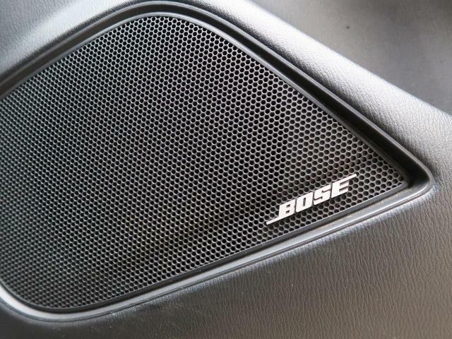 【メーカーオプションBOSEサラウンドシステム】搭載で、ワンランク上の音質の音楽を楽しめます。