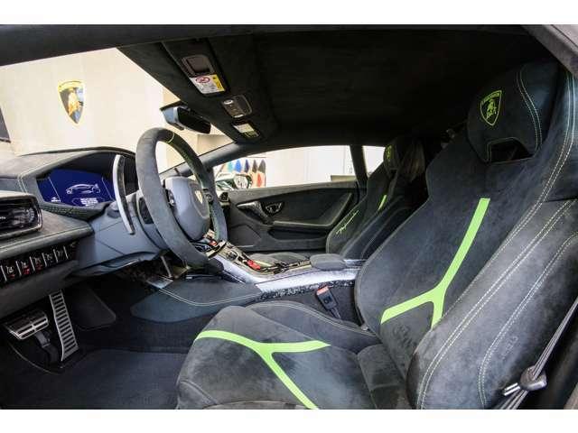 フル電動シート+シートヒーター付き