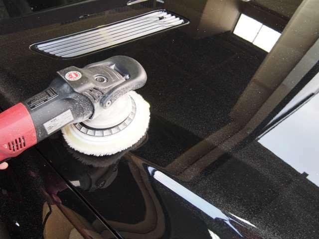 Bプラン画像:お引渡し時、全車ポリッシャーにて磨きますのでご一緒にお勧め致します。
