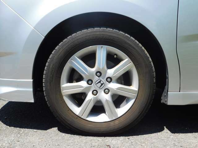 純正16アルミ!タイヤの溝もまだまだあります