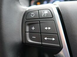 ●アクティブクルーズコントロール『前走車や道路の車線を検知し、前方の車両との車間距離を維持しながら自動で加減速を行い、低速走行時には車両停止までの制御を行います。』