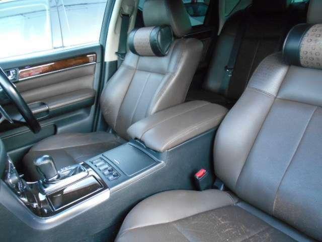 お客様が清潔に気持ち良くお車を乗れるように、内・外装を出来る限り綺麗にしてお渡しします!