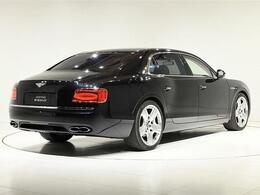 ボディサイズは、全長5315×全幅1985×全高1490(mm)。車両重量は2530kgになります。