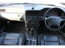 車両本体価格2,171,818 円(税抜) 事故修復歴もちろんありません。