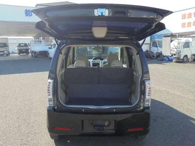 都北センター三股支店は、軽自動車の在庫を約70台程展示しています。