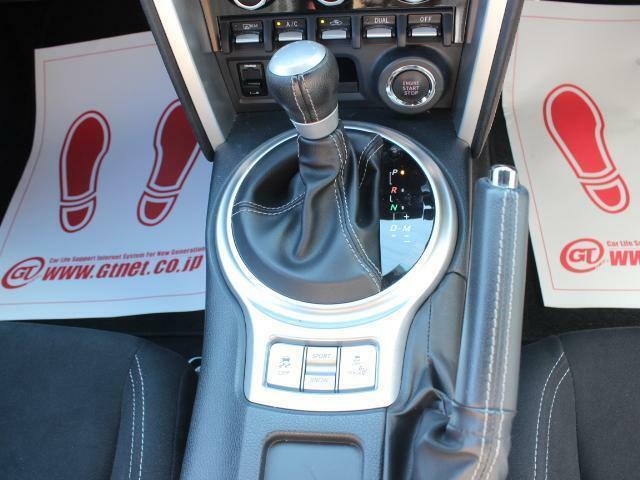 AT車なのでスポーツカーデビューしたい方や、運転初心者の方にもお勧めです!