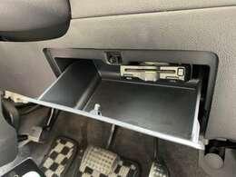 ETC装備で高速道路も難なく通過することが出来ます!旅行・ドライブには欠かせない装備が付いています!動作確認済で以上はございません!