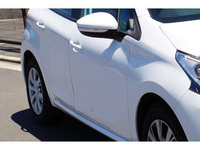年間販売台数は約240台。過去の販売実績もご覧下さい。http://yahoo.jp/box/NbTJjv