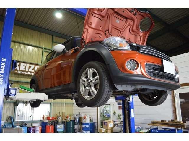 Aプラン画像:輸入車全般、国産車も含め、車高の低い車両も概ねお運びすることが出来る自社所有の積載車も御座います。