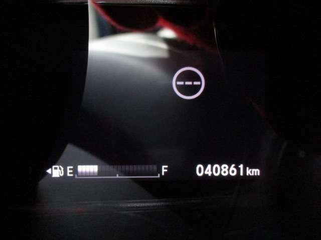 走行距離は、《40861km》となっております。※写真撮影当時の走行距離となっております。ご了承下さませ。