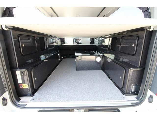 ベッドの下は、荷物スペースとしてもご活用頂けます。使い方も夢も広がるどこでもスタイル♪