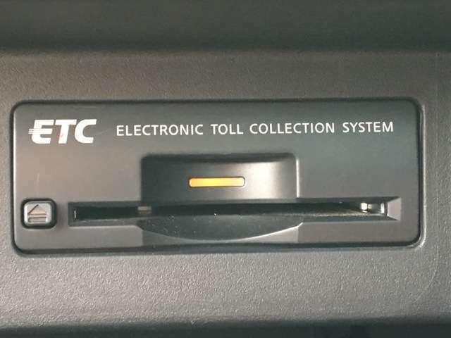【ETC】装備済み☆長距離ドライブの必需品!高速道路の料金所も楽々通過できますね♪