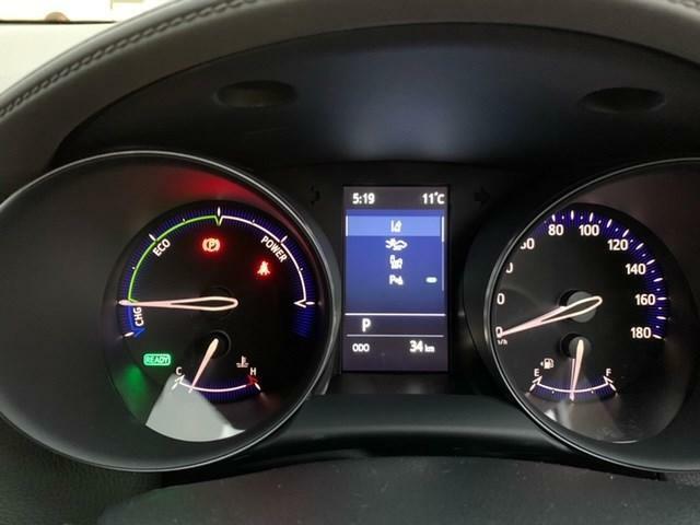 当社ハイブリッドカーは省燃費オイル交換・ハイブリッド4点検を実施のうえご納車致します♪♪