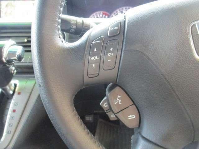 ハンズフリー ステアスイッチ付。オーディオ曲スキップ、音量調節ができて便利です!全車保証付です。不明な点は092-410-9292 かしいかえんモータウン店までお気軽にお問い合わせください