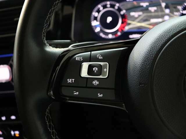 ACC(前車追従)はこちらのスイッチで操作ができます。