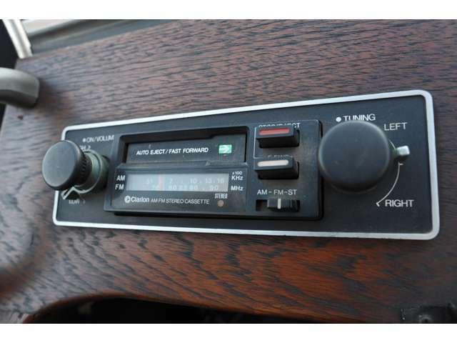 FMラジオ付カセットデッキ