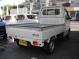 エアコン 4WD車です。車検整備も実施致しますので安心してお乗り頂けます。
