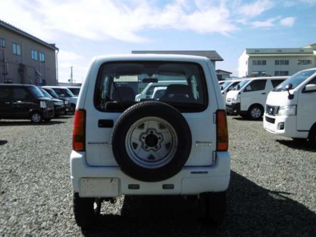 4WD、5速MT、インチUP、レカロシート、社外アルミ、マッドタイヤ、キーレス!ご来店の際は、在庫確認の上お越しくださいますようお願いします。