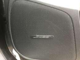 BOSEスピーカーがついており、高音質の音楽を車内でもお楽しみいただけます♪
