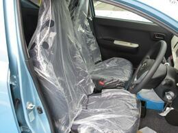 シンプルなシートを装備しています。