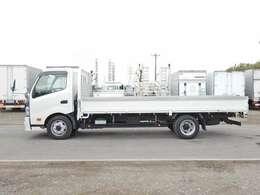 車両総重量6695kg 最大積載量3300kg
