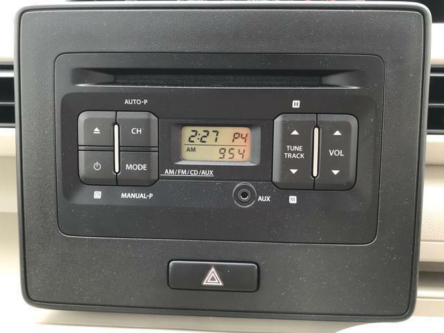 CDプレーヤー付きです。音楽やラジオを聴かれる方にお勧めとなっています。