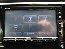 CD、DVD、ラジオ、フルセグTVの視聴、BluetoothAudioの接続が可能な純正メモリーナビです!