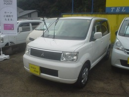 三菱 eKワゴン 660 プレミアムエディション