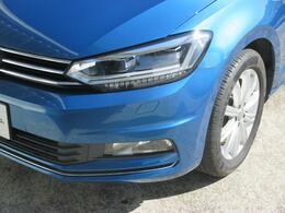 LEDヘッドライト標準装備で、切れの心配が少なく安心してお車をご利用いただけます