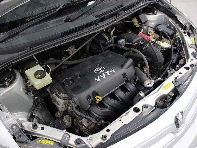 2NZ-FE型 1.3L 直4 DOHCエンジン搭載、FF駆動です。