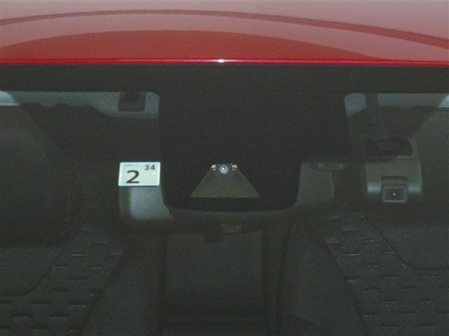 セーフティ・サポートカーです。 衝突被害軽減ブレーキなどの安全運転を支援する装置を搭載しています。■あくまで運転を支援する機能です。本機能を過信せず、必ずドライバーが責任を持って運転してください。