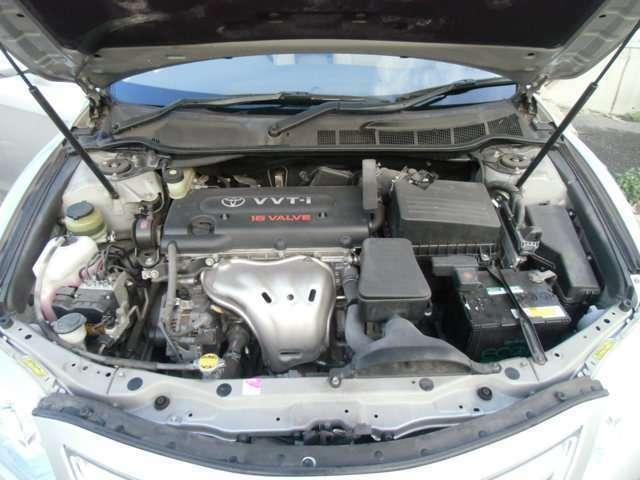 エンジンルームも大変キレイです!車検整備しっかりとさせていただきますのでご安心ください。