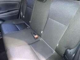 リヤシートです。目立った汚れもなくキレイです!