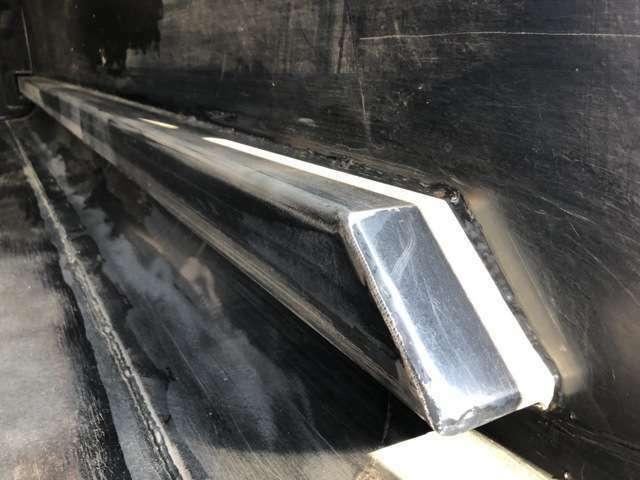 排出板によるスライド式排出!