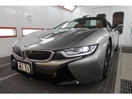 BMW i8ロードスター ベースモデル 20インチ レザーライト インテリア