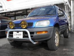 トヨタ RAV4 2.0 L V 4WD サンルーフ